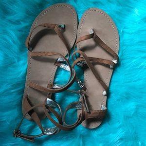 Mossimo Brown Strap Sandal Sz 10